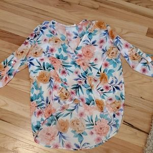 Lush floral surplice high low blouse top small